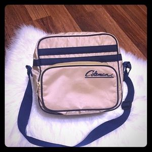 🦋2/$10 3/$15 4/$18 5/$20 Coleman Cooler Bag